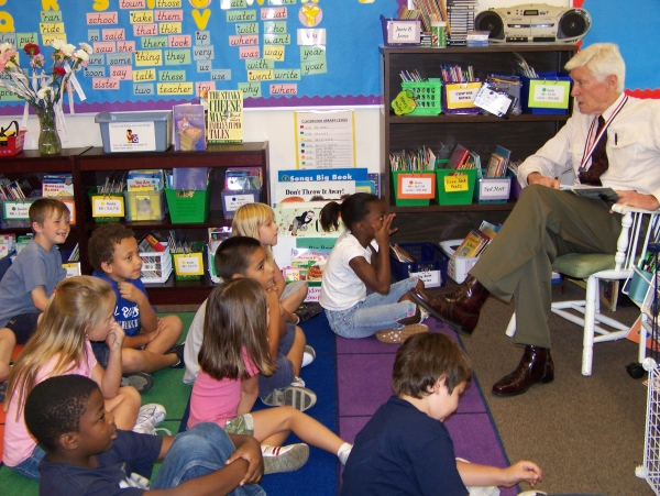 LeRoy Collins teaching first graders #1